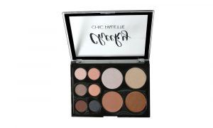 BEAUTY TREATS. Sombras Cheeky Chic Palette